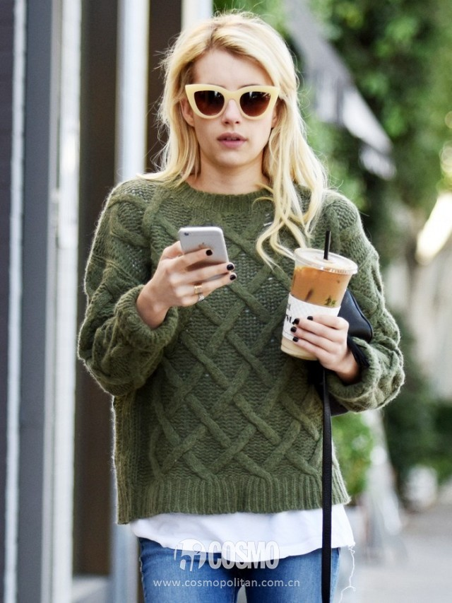 what-was-she-wearing-emma-roberts-green-fall-sweater-and-jeans-2015-171230-promo.640x0c