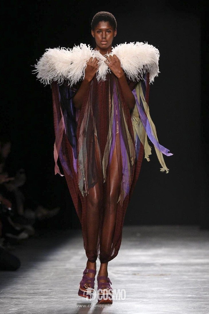 Andreas-Kronthaler-for-Vivienne-Westwood-RTW-SS17-Paris-29276-1475340183-bigthumb