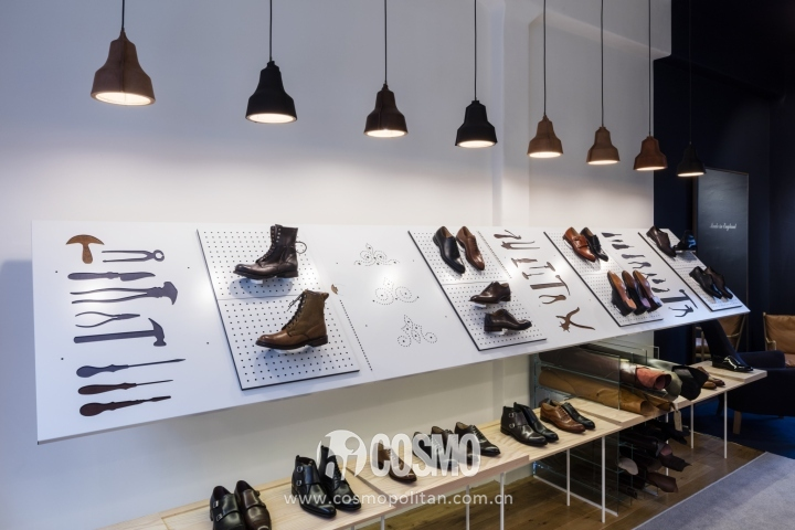 Joseph-Cheaney-store-by-Checkland-Kindleysides-London-UK-06