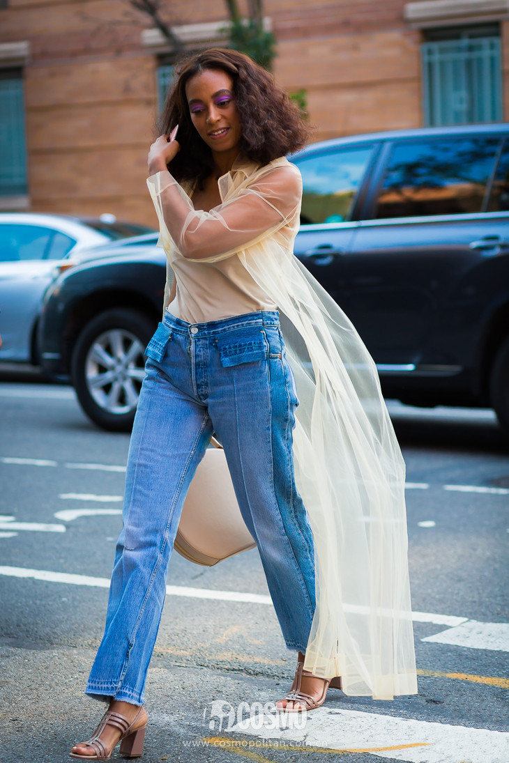 Solange-Knowles-by-STYLEDUMONDE-Street-Style-Fashion-Photography0E2A9152-2-700x1050@2x