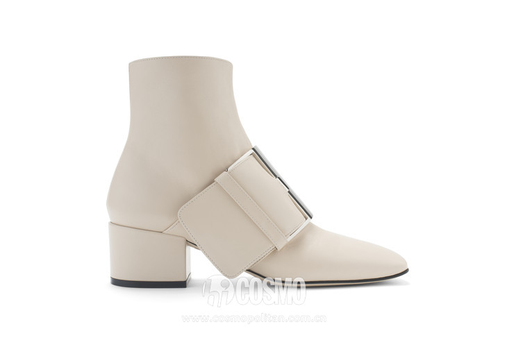 Chalk leather bootie with buckle