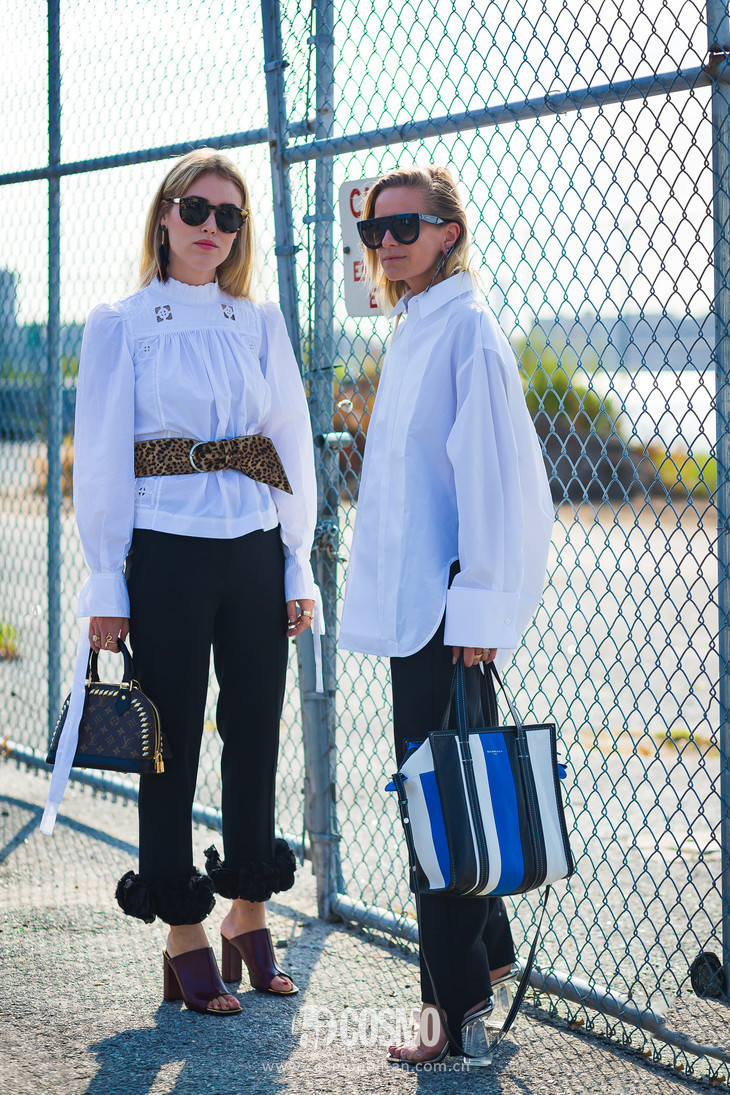Annabel-Rosendahl-and-Celine-Aagaard-by-STYLEDUMONDE-Street-Style-Fashion-Photography0E2A1026-700x1050@2x