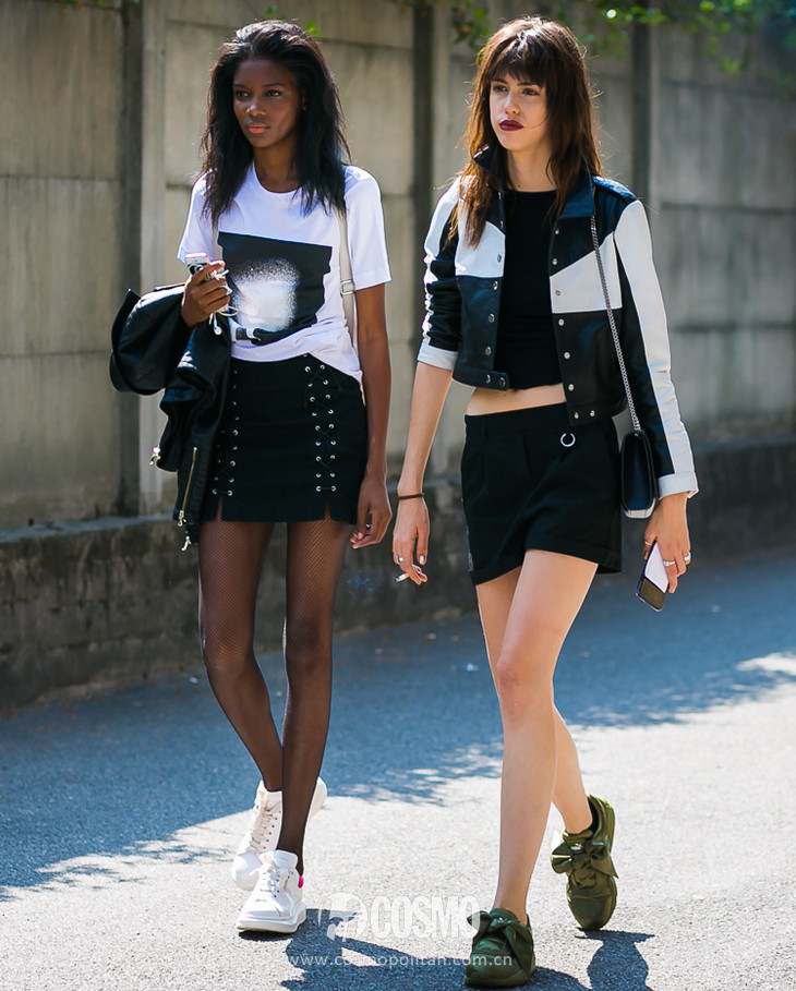 Models-by-STYLEDUMONDE-Street-Style-Fashion-Photography0E2A2992-700x467@2x