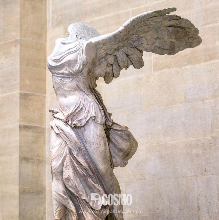 winged-victory-of-samothrace-5