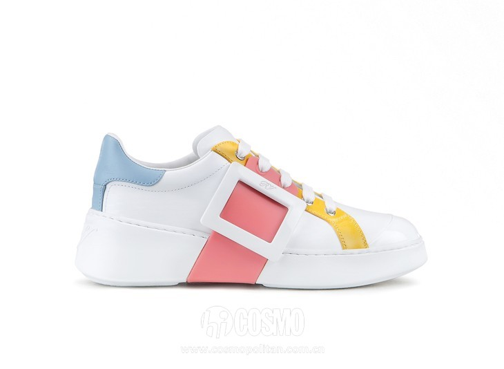Roger Vivier Spring-Summer Collection 2020 - Viv skate lacqueres buckle blue pink and yellow  -  HD CMJN